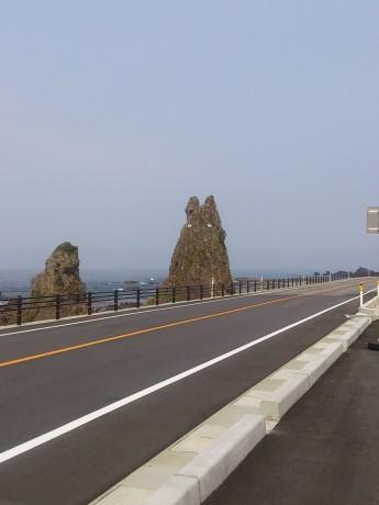トトロ岩2