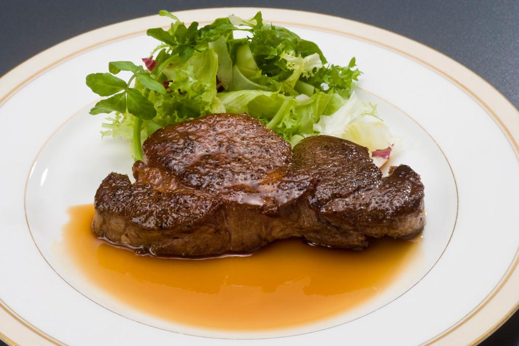牛フィレステーキ(120g)1,575円より