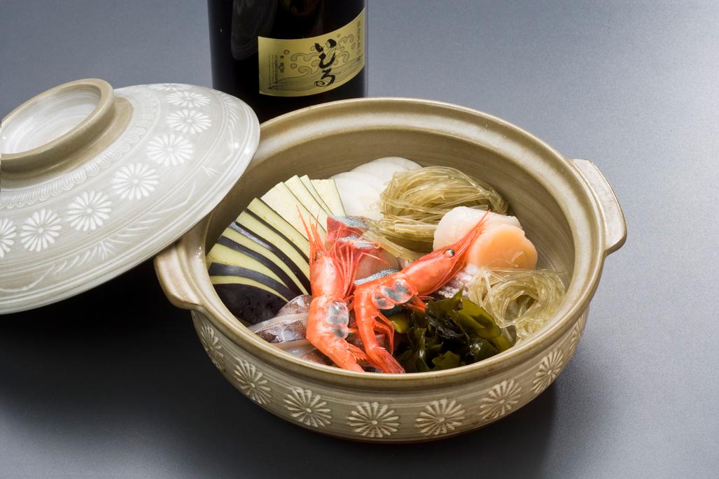 いしり鍋(2人前)2,100円より